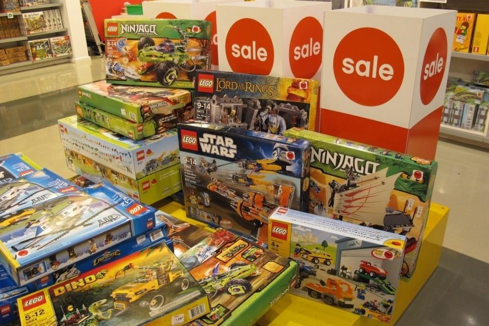 giảm giá lego hè 2018