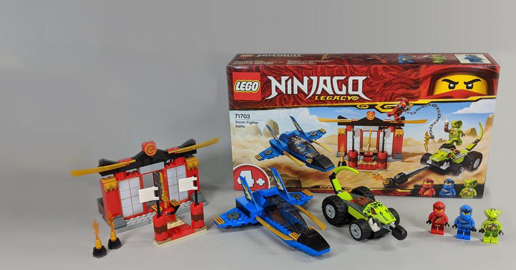 Đánh giá bộ LEGO 71703 Ninjago Legacy: Storm Fighter Battle