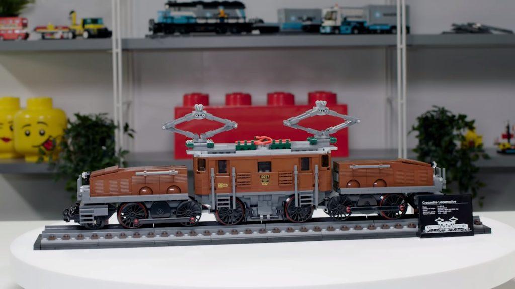 Thiết kế đầu máy cá sấu LEGO – Crocodile Locomotive (10277)